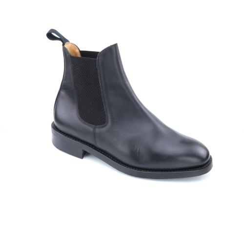 Towcester Black Chelsea Boot
